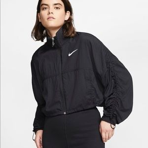 Nike Swoosh Windbreaker Jacket Cropped